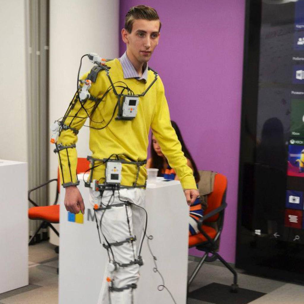 Картинки по запросу Роботизированный экзоскелет