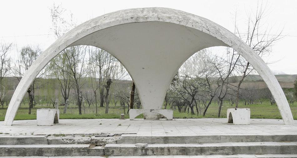 Советская автобусная остановка — Таджикистан, г. Турсунзаде