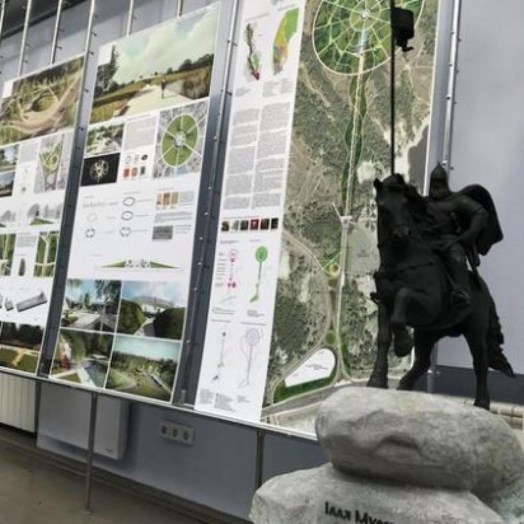 макет памятника илье муромцу
