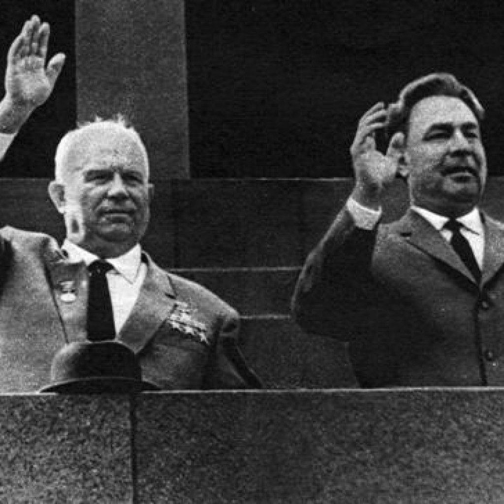 Хрущев и Брежнев