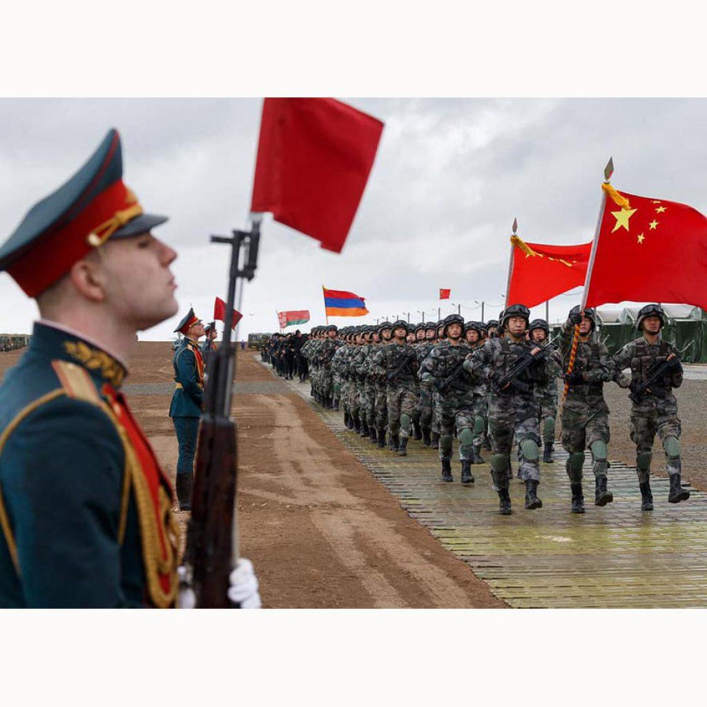 китайцы и русские