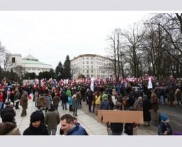 Поляки протестовали против действий власти