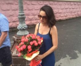 Мила Кунис приехала на свою родину в Черновцы