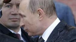 Откуда Путин уйдет раньше: с Украины или из России