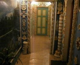 В Киеве пенсионер превратил подъезд в дворец