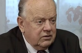 Станислав Шушкевич рассказал, как подписывали Беловежские соглашения