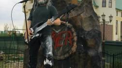 Под Киевом откроют статую вокалиста Slayer