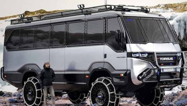 Torsus Praetorian: Украинцы создали первый в мире автобус-внедорожник