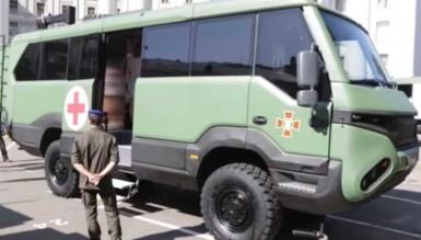 Автобусы-внедорожники, изобретенные украинцами, уже работают в зоне ООС