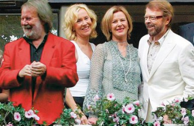 ABBA объявила о возвращении к творческой деятельности