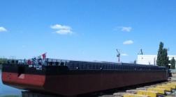 Килийский судостроительный завод впервые за десятилетие спустил на воду новую баржу