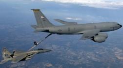США перебросили в Украину самолеты-заправщики
