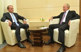 Уколоться во славу Путина