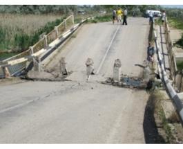 В Крыму рухнул мост