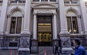 Аргентина как очень плохой пример для Украины
