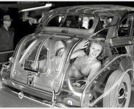 "Привидение с мотором: Pontiac Plexiglas Deluxe Six ""Ghost Car"" (1939)"
