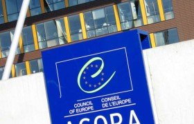 Le Monde о возвращении россиян в ПАСЕ: Совет Европы готовится к «коллективному суициду»