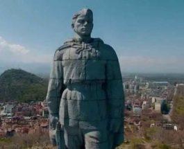 """Країна тотального фейку, або """"Стоит под горою Алёша – в Болгарии русский солдат"""""""